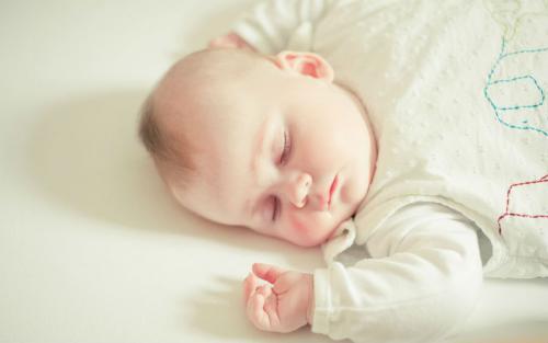 Спящий новорожденные