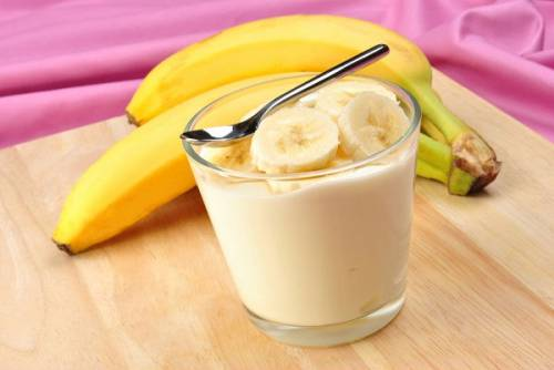Банановый йогурт