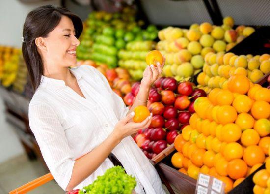 Какие фрукты можно кормящей маме при грудном вскармливании новорожденного