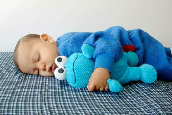 Новорожденный долго не спит