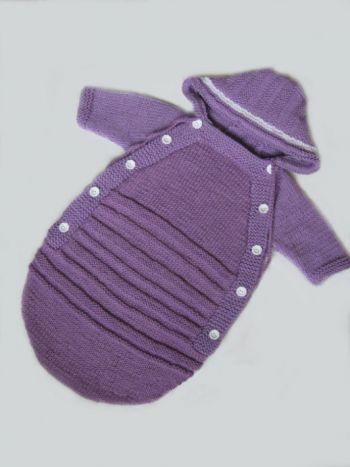 Фиолетовый конверт спицами