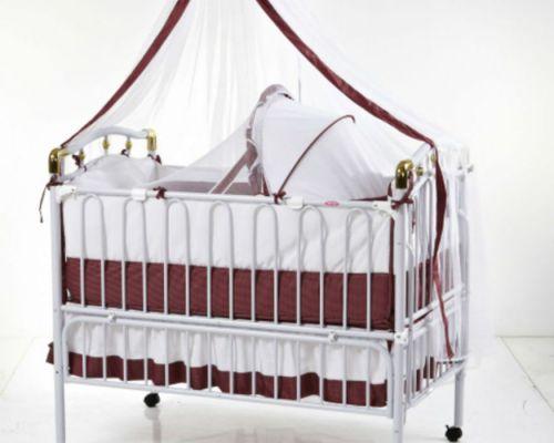 кроватка с колыбелью