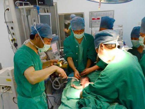 Реанимационная помощь новорожденному