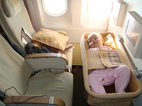 Места в самолете с люльками