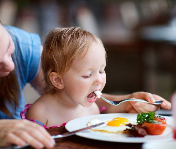 Знакомство ребенка с новыми продуктами