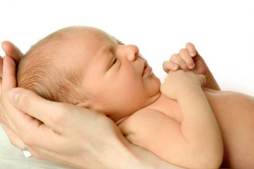 У новорожденного сухая кожа