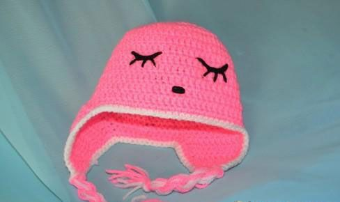 Вышивка на шапочке