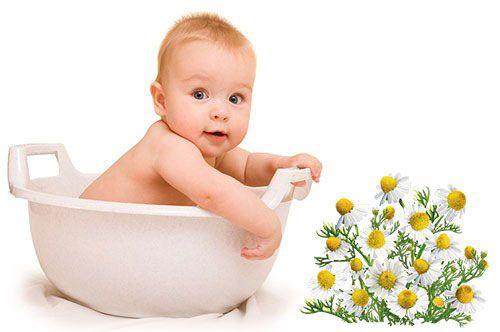 Ромашковые ванночки для младенца