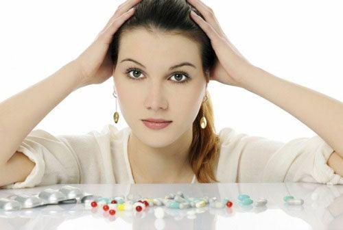 Женщина и лекарственные препараты