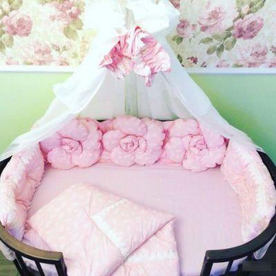 Бортики с подушками-розами