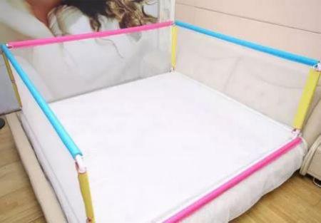 Деткая кровать с бортиками