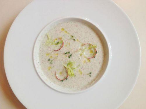 Кефирный суп с редисом
