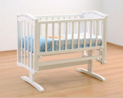 Кроватка в винтажном стиле