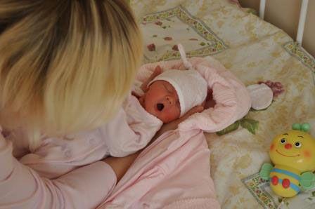 Малыш в домашней одежде