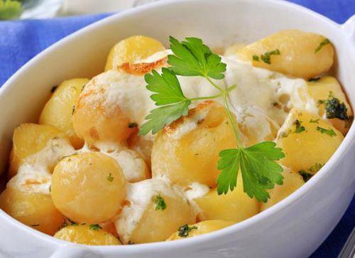 Картофель с петрушкой