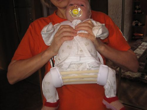 Младенец в подушке Фрейка