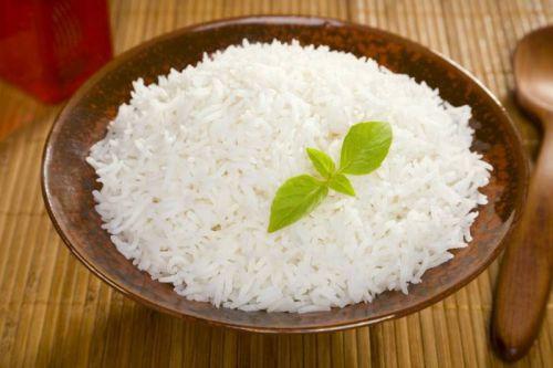 Рис при грудном вскармливании кормящей маме, можно ли рисовую кашу
