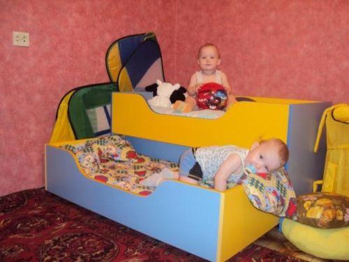 Кроватка для двойняшек