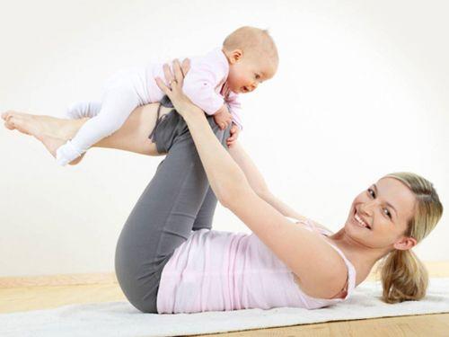 Гимнастика с младенцем