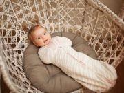 Новорожденный в коконе