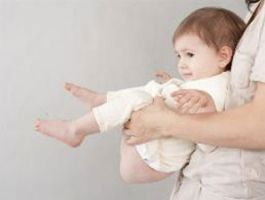Высаживание младенца