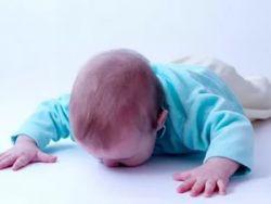 Младенец упал