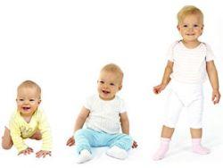 Развитие младенца в разные месяцы