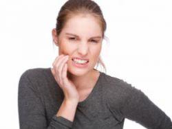 Можно ли лечить зубы при грудном вскармливании и удалять их кормящим мамам