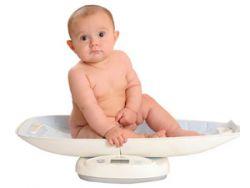 Младенец на весах